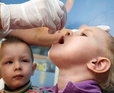 Прививка от полиомиелита — разновидности, графики, реакции и рекомендации